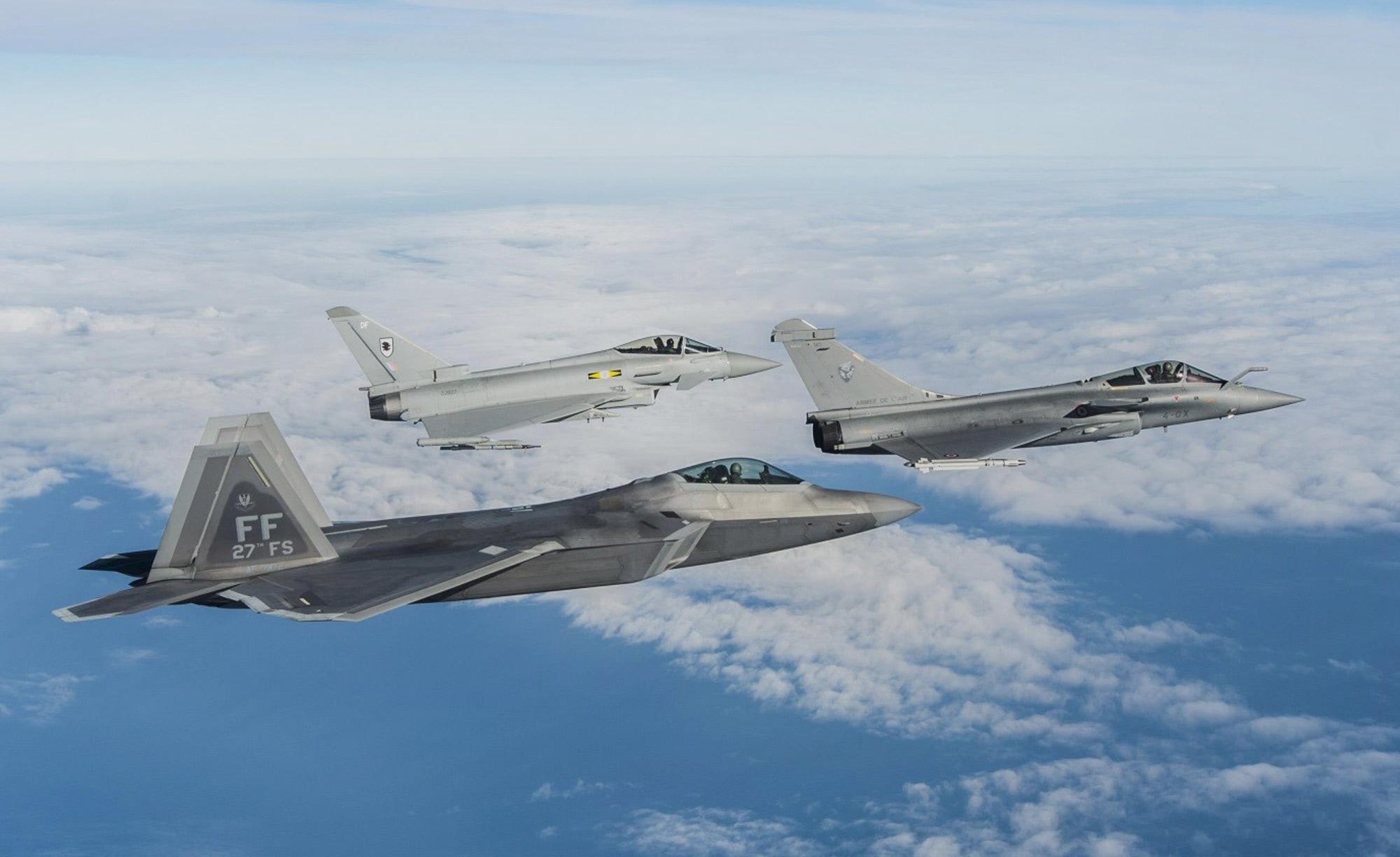 <span class = 'custom'>Air surveillance</span> & situation awareness